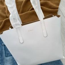 Furla kabelka bílá Sally